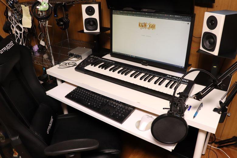在宅ワークやDTMを快適に!【自作スライドデスク】IKEAのデスクで格安DIY